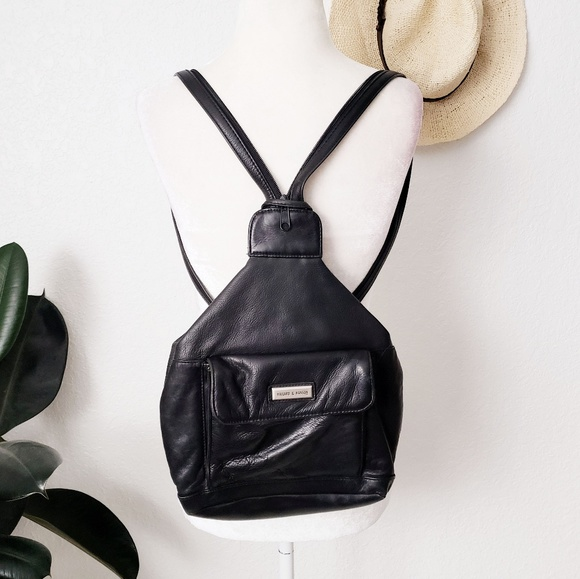 f17aafd99d2f 90s Vintage Grunge Black Leather Backpack Purse. M 5c3be5c27386bc7fb40124c5